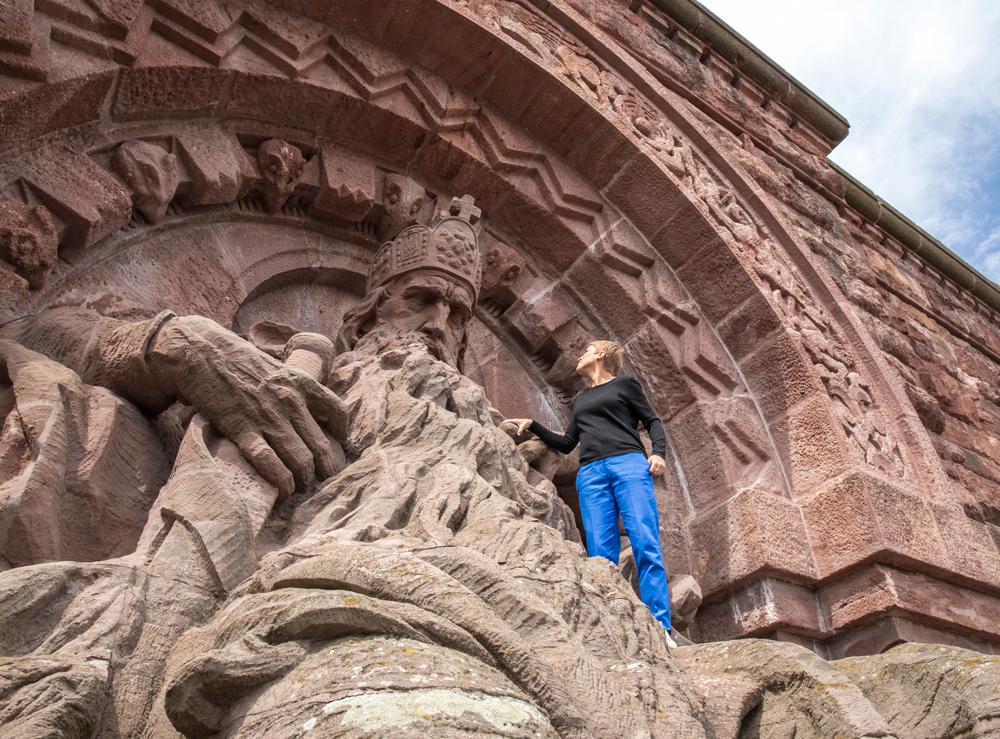 Miriam Deforth bei Barbarossa auf dem Kyffhäuserdenkmal