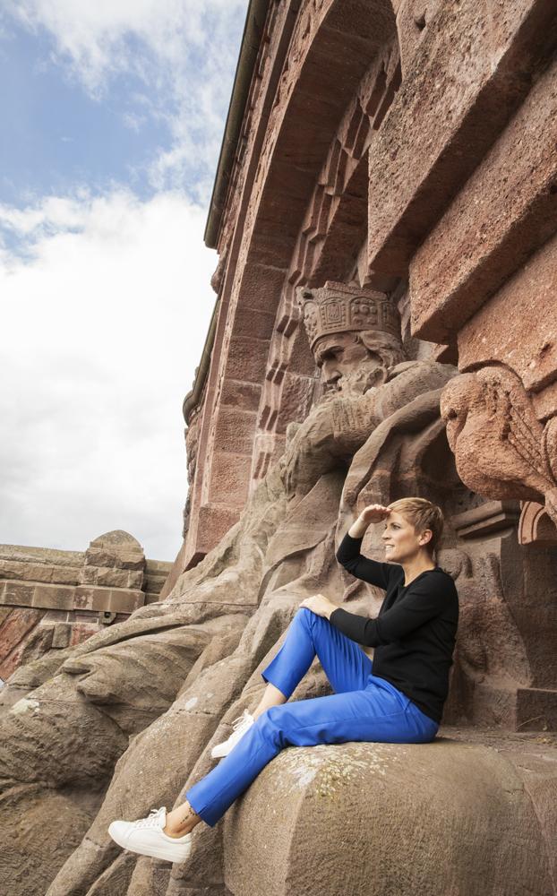 Miriam Deforth auf dem Kyffhäuser-Denkmal